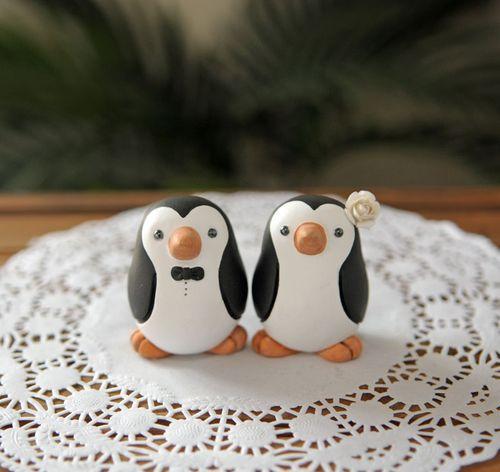 Wedding Cake Toppers: penguin wedding cake topper